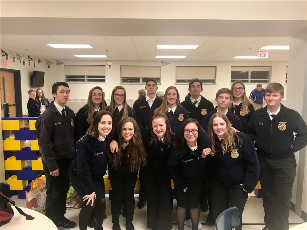 Fillmore FFA Wins Big at Districts and Qualifies for Sub-States!